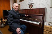 Solistas J. G. Šmitas: devynios dešimtys metų, devynios dešimtys vaidmenų