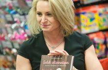 Sveikais saldumynais D. Britaniją užbūrusi lietuvė pristato naują knygą