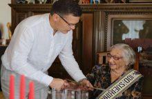 Šimtametė iš Neveronių: mažiau pykitės ir daugiau taikykitės