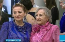 Aktorę R. Varnaitę 90-ojo jubiliejaus proga sveikino 400 svečių
